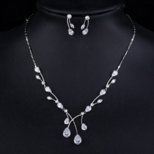 Elegant Princess Clear Waterdrop Earrings and Pendant Set