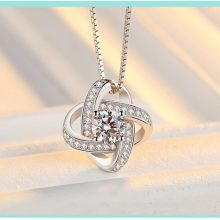 2017 new arrival high quality fashion shiny crystal flower 925 sterling silver ladies`pendant necklaces box chain jewelry gift
